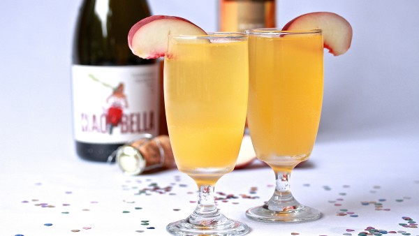 Peach Bellini Cocktail | Melbourne Cocktails
