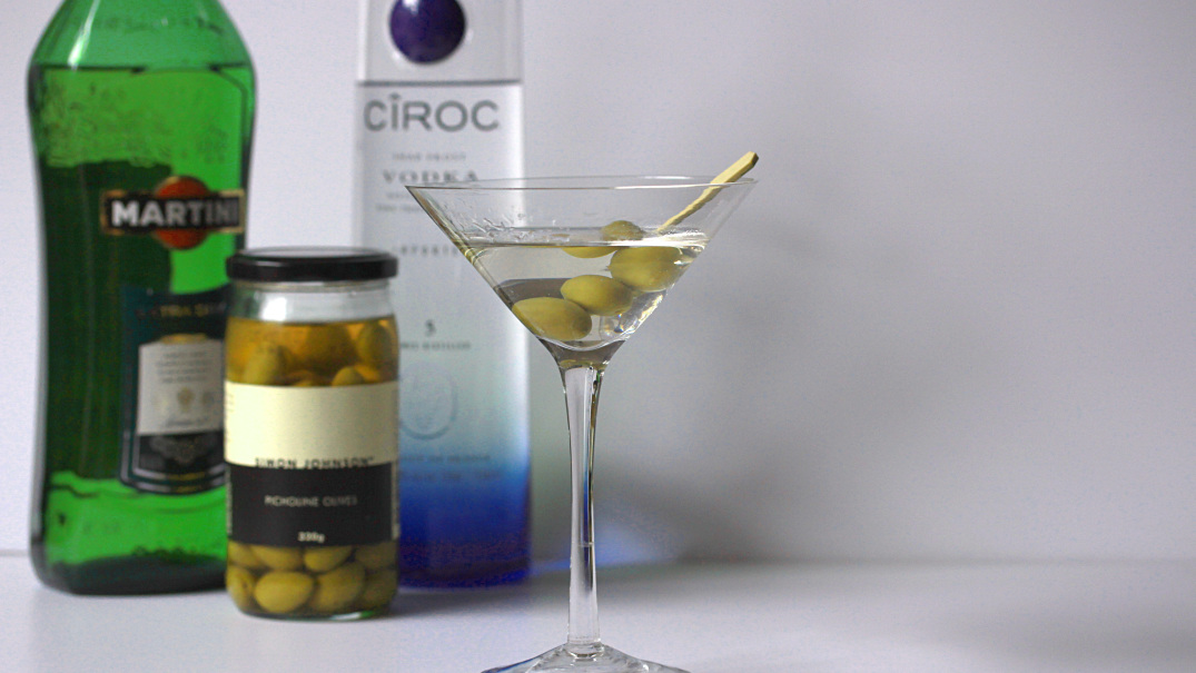 Classic Dry Vodka Martini Recipe | Melbourne Cocktails