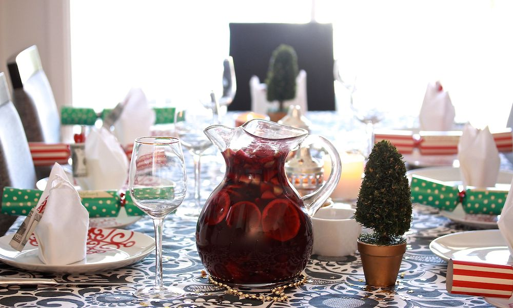 red sangria christmas table