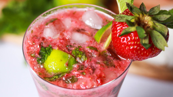 Strawberry Mojito | Cocktail Recipe | Melbourne Cocktails